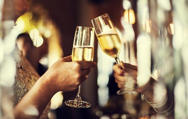 フランス料理はワイン以外とも相性が良い!フレンチレストランの飲み物について