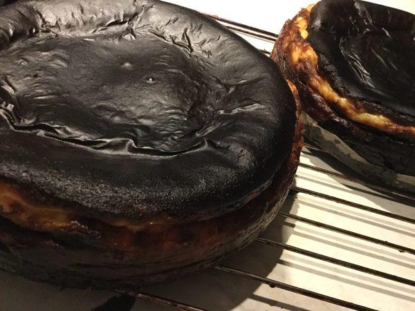 大人気!【ルミディのバスク風チーズケーキ】別腹にぜひ!【ナスちょうだい】合言葉で本日も美味しいナスみなさまにプレゼント!