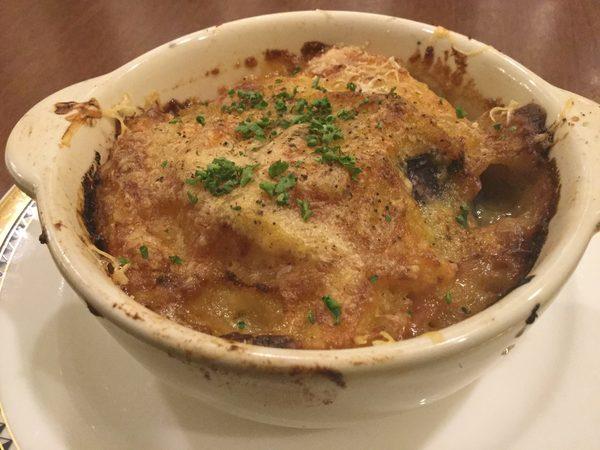 今夜のメニュー!【安納芋とシャードクイーンのおいものグラティネ】オススメ! お席はガラガラです。12月ゆったり過ごせるチャンスの日です!